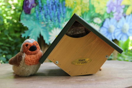 Robin and wren nest box